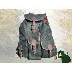 Vadász hátizsák szarvasbőr 3 zsebes H-SZ-3